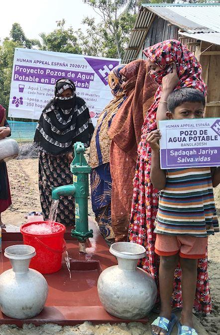 Pozo agua potable en Bangladesh